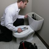 plumber-with-toilet