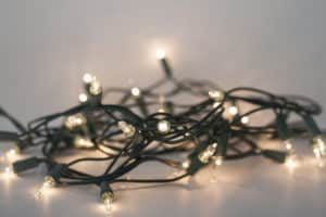 safe-holiday-lighting-applewood-plumbing