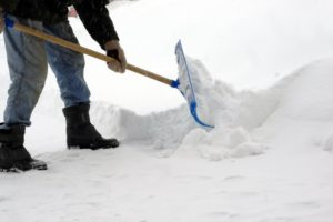 shoveling-snow_2
